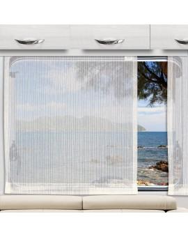 Schiebegardine Mailin an einem Wohnmobilfenster