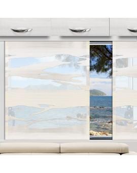 Flächengardine Eltje sekt an einem Caravanfenster