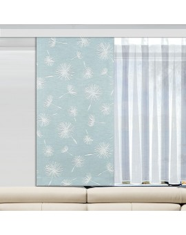 Caravan-Paneele Fresh bleu mit Store an einem Wohnmobilfenster