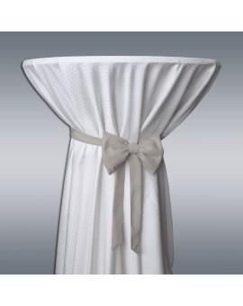 Schmuckschleife Hetty für Stuhlhussen und Stehtische Grau an einem Stehtisch