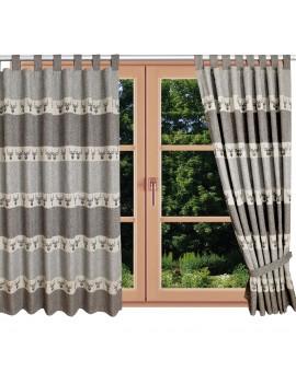 Hochwertiger Schlaufen-Dekoschal Alpin Hirsch braun am Fenster Sommer