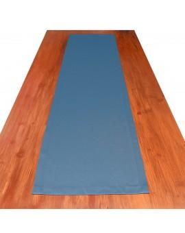 Tischläufer Rügen blau uni auf dem Tisch