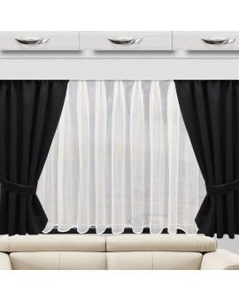 Raffhalter Mattis schwarz Dekobeispiel an einem Caravan-Fenster