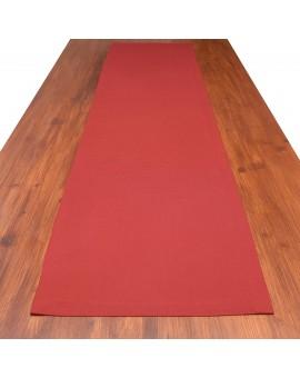 Tischläufer Knut rot uni auf dem Tisch
