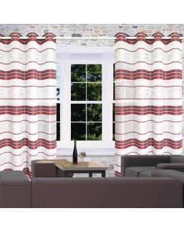 Ösenschal Tori mit Streifenmuster bordeaux am Fenster dekoriert