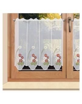 Bestickte Scheibengardine Florence Plauener Spitze am Fenster