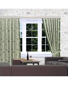 Landhaus-Reihbandschals Breno mit Steinbock grün am Fenster