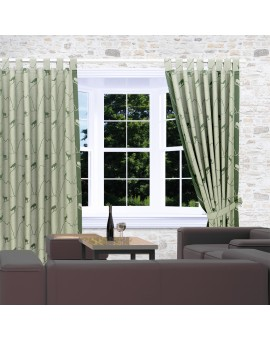 Schlaufenschals Breno mit Steinbock grün am Fenster