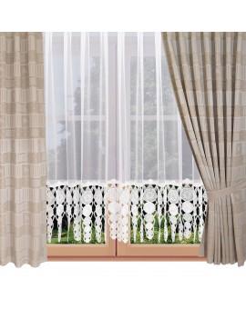 Dekoschal Marie mit Rose in beige am Fenster