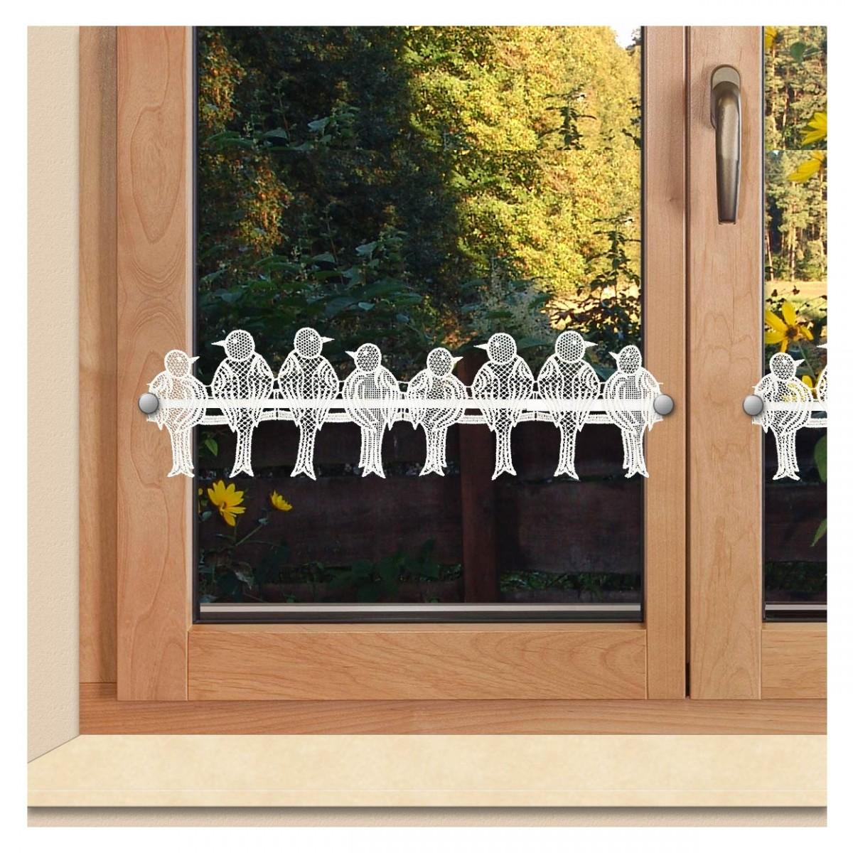 Feenhaus-Spitzengardine Spatzen in weiß am Fenster